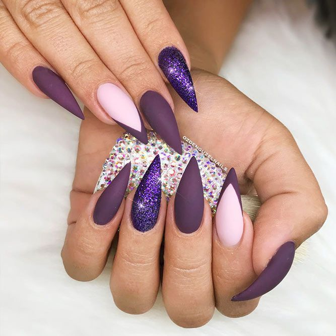 18 Gel Nails Designs for Your Complete Look ★ Stiletto Shape Gel Nails Ideas Picture 1 ★ See more: http://glaminati.com/gel-nails/ #gelnails #naildesings