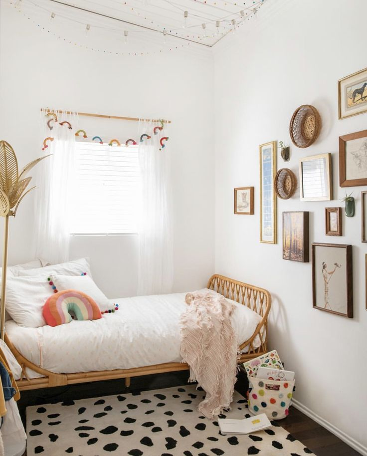 Boho Chic Kids Room With Fun Modern Rug Minimalist Kids Room