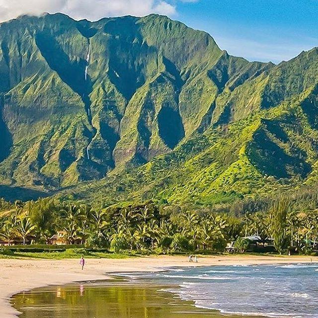 Your perfect Hawaiian getaway - Maui Island 📷@dyllazo . . . . . . . . . . . . . . . .  #travel #Escapes #getaway #passport #hawaii #style #traveler #wanderlust #natgeo #pr #journalist ##travel #traveling #TagsForLikes #TFLers #vacation #visiting #instatravel #instago #instagood #trip #holiday #photooftheday #fun #travelling #tourism #tourist #instapassport #instatraveling #mytravelgram #travelgram #travel #tourism #travelgram #meetingprofs #eventprofs #meeting #planner #events #eventplanner…