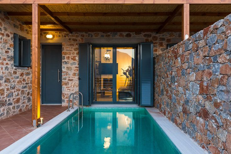 LUXURY HOMES IN SOUTH CRETE #vacation_rental #privacy #luxurious_accommodation #summer #holidays #crete #rethymno #greece #europe #yolo #privacy #Galini_Homes #wanderlust 1λ.