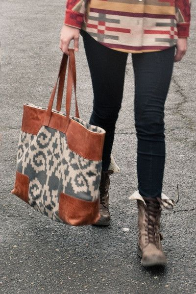 Pendleton Portland Collection Canyonville Tote in Ram's Horn