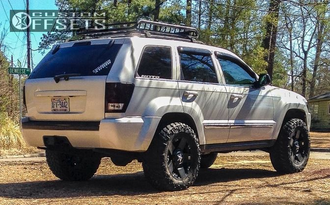 08 4 2005 grand cherokee jeep leveling kit xd rockstar black aggressive 1 outside fender
