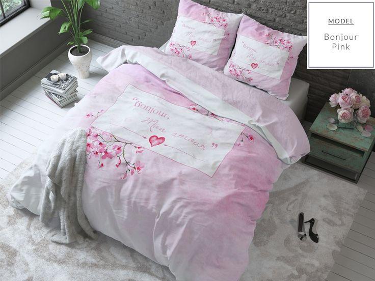 Nowoczesna różowa pościel do pokoju