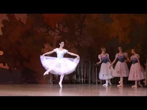 Natalia Osipova - Giselle Act 1 Variation~favourite variation of all time <3