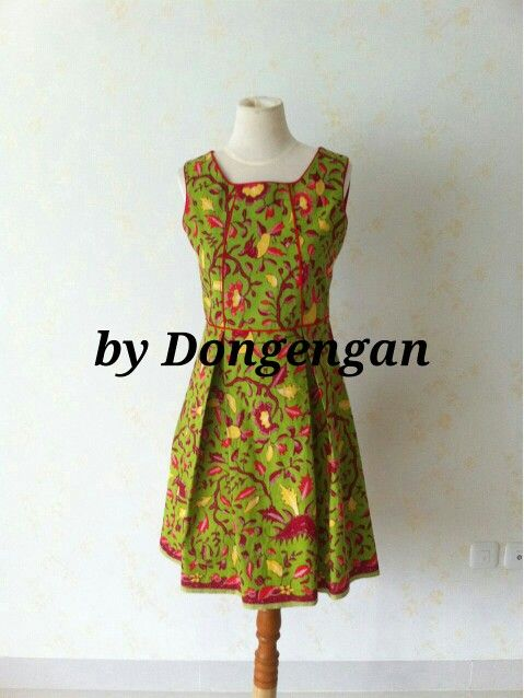 Batik Dahlia dress by Dongengan (Facebook: Kreasi Dongengan)