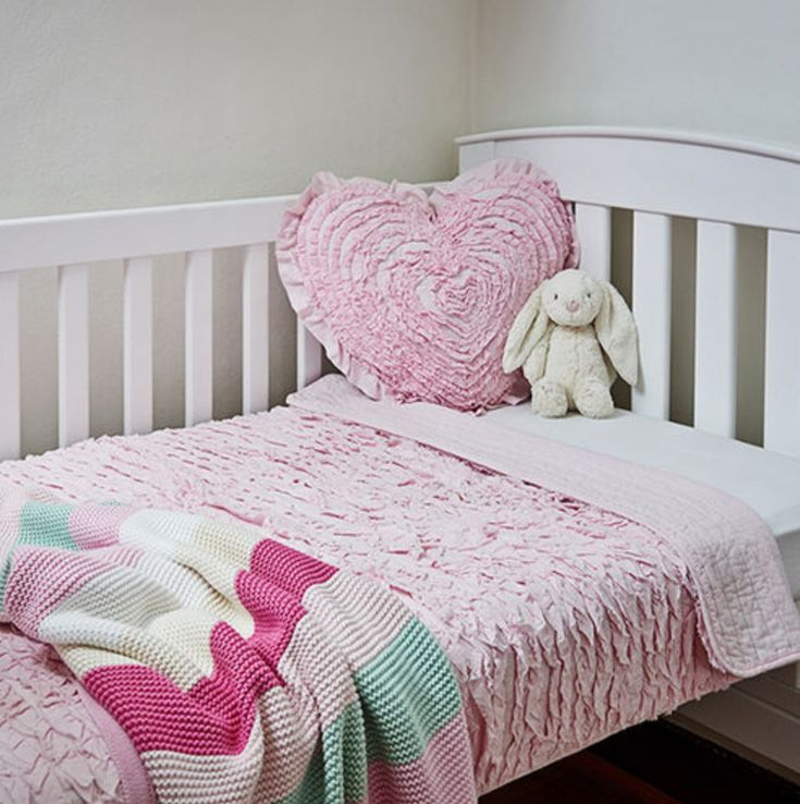 Pink Cot Baby Girl Ruffles Quilt Comforter Coverlet Blanket Cot Bed Cushion New