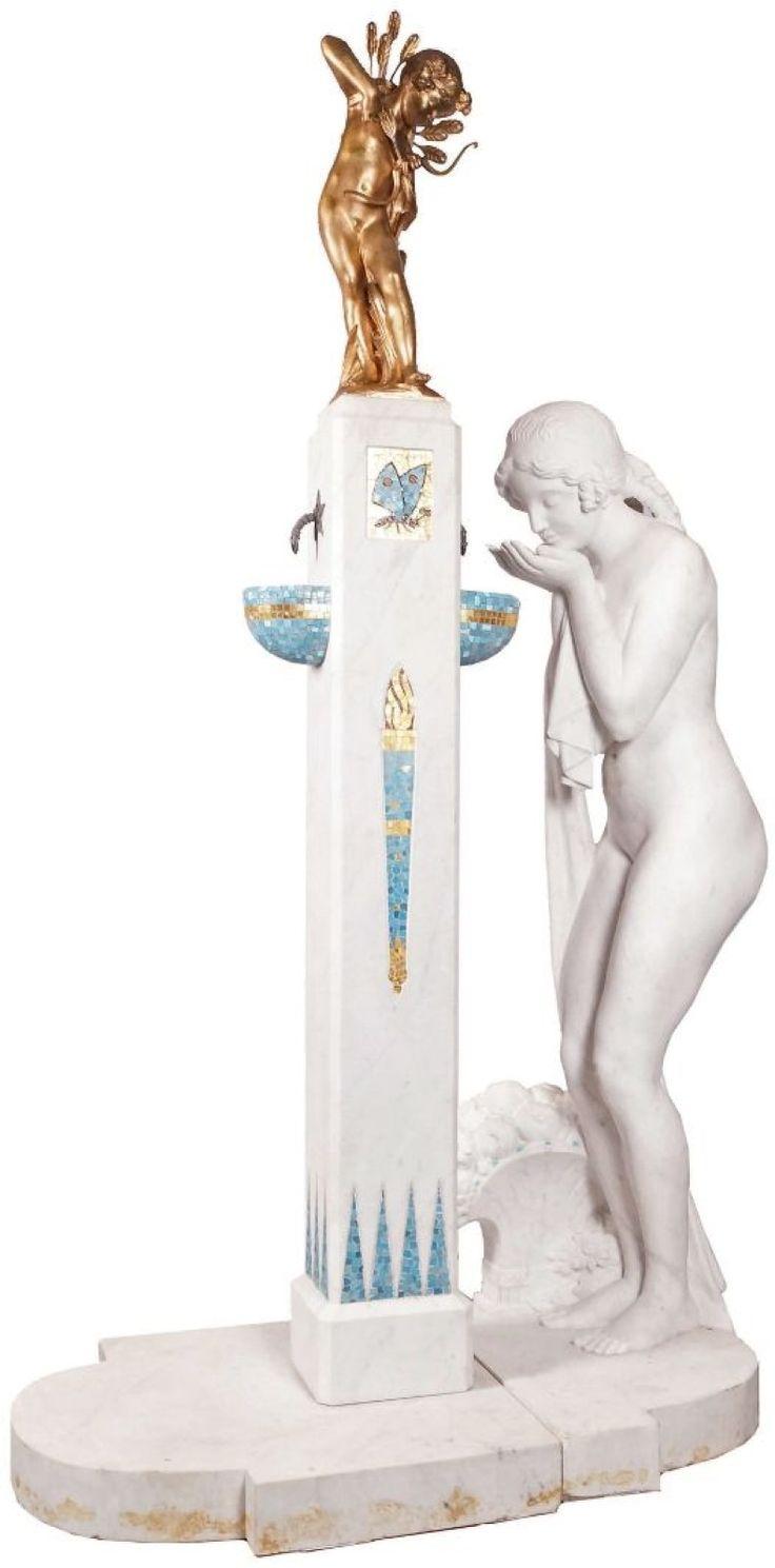 Charles-Raphaël PEYRE (1872-1949)  SOURCE D'AMOUR, 1923 Marbre blanc sculpté, bronze doré et mosaïque. Fontaine à deux vasques. Groupe signé sur le marbre et le bronze. Eric Pillon Enchères - 10/05/2015