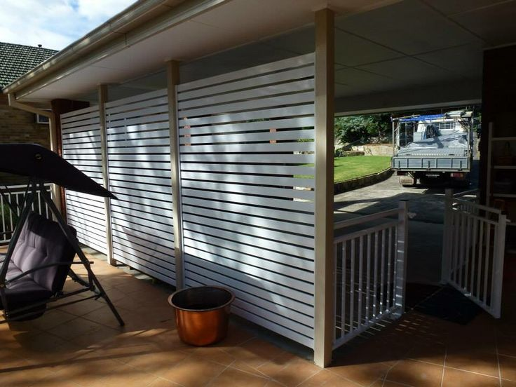 Privacy screens with aluminum balustrade