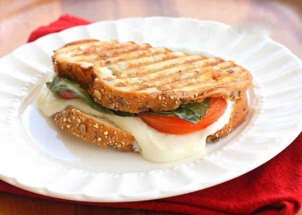 Сэндвичи-гриль «Капрезе»