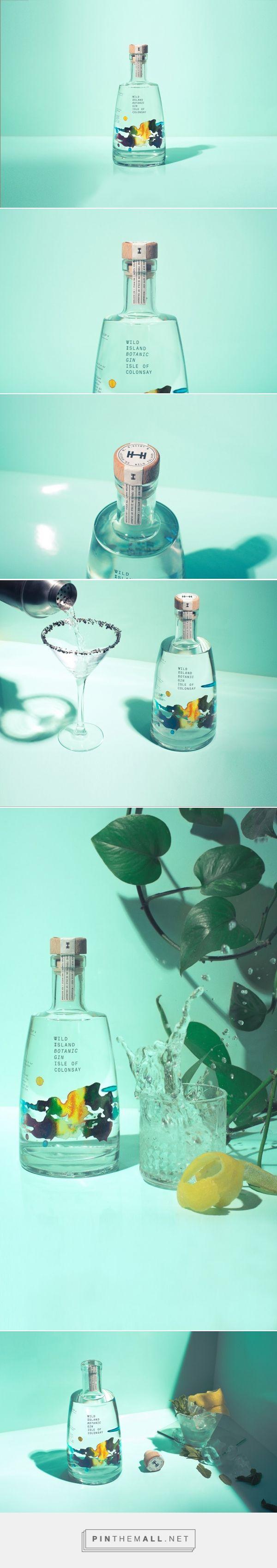 Wild Island - Botanical #Gin packaging design by Thirst - http://www.packagingoftheworld.com/2017/05/wild-island-botanical-gin.html