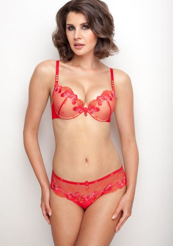 Samanta lingerie - New collection Goshenit crimson bra: A479 pants: M300 www.samanta.eu