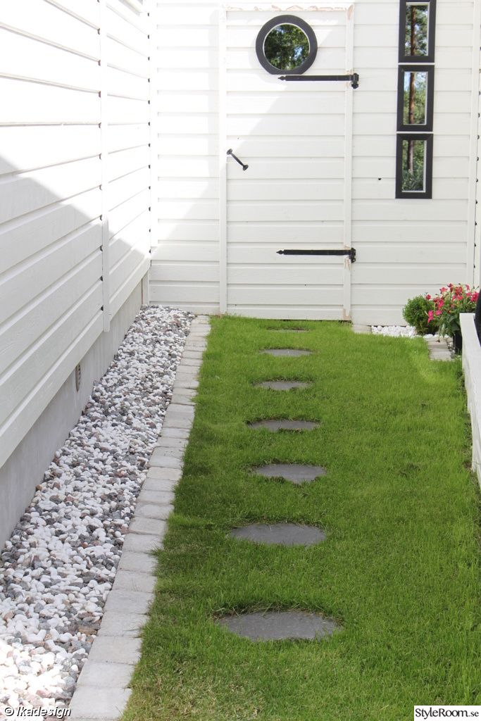 hus,trädgård,gångplattor