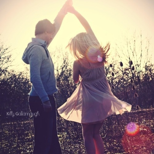 I wish I had a boy who would randomly take me in his arms & just dance w/me. Didn't care if there was music, or who was watching.. Such things only exist in fairy tales.