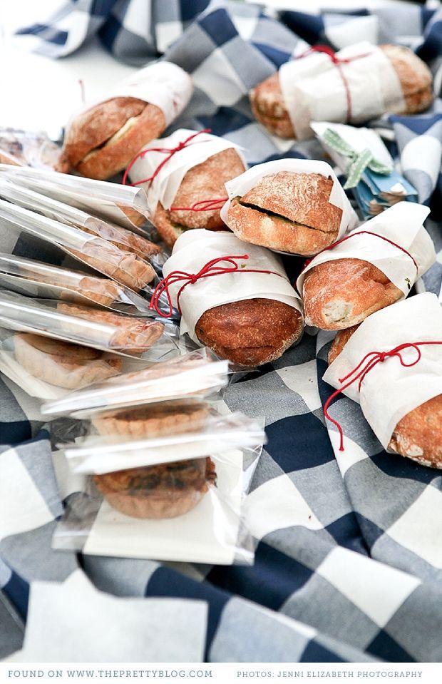 Fresh bread & Picnic wedding   Photo: Jenni Elizabeth, Catering: Dish food & social