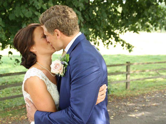 En dag fylld av kärlek och kyssar   From my flickr