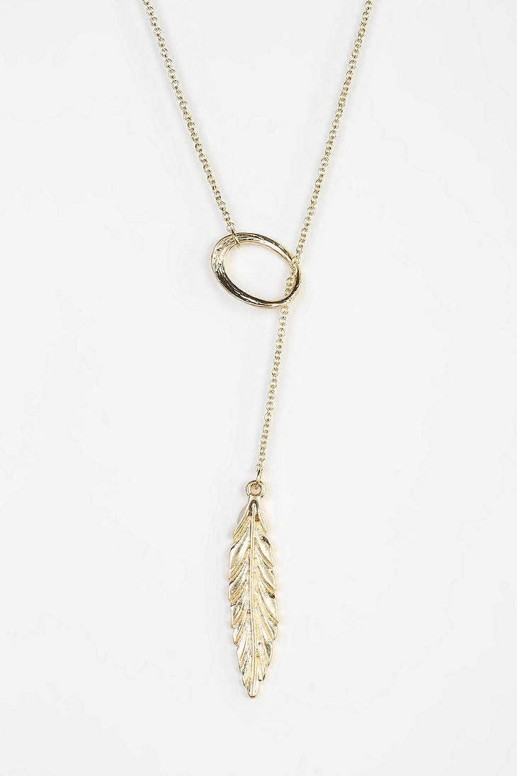 Urban Outfitters. Feather Lariat Necklace.
