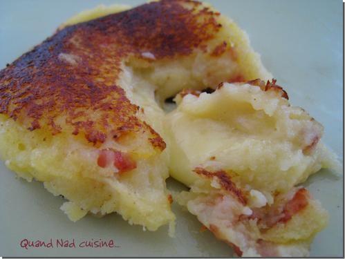 Galettes de pommes de terre au coeur coulant de cantal - Quand Nad cuisine...