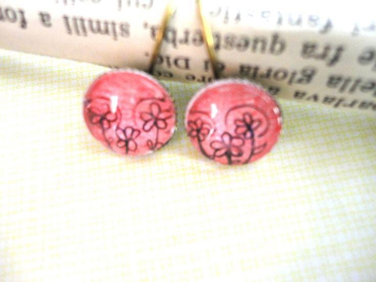 Orecchini cammeo disegnati a mano colre rosa con fiori, by La Flor Azul, 7,00 € su misshobby.com