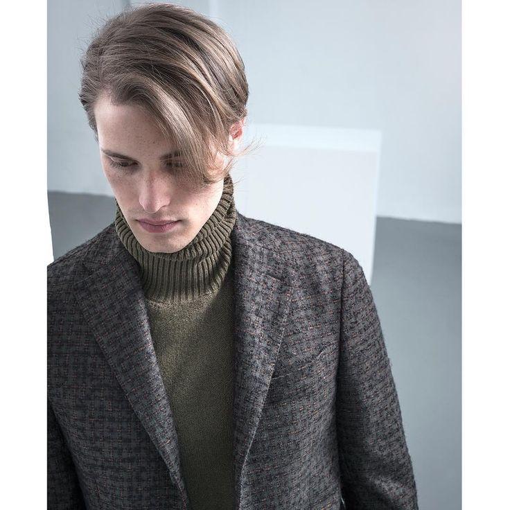 There is art where there is style - The #Degas jacket is in wool mohair bouclè.  The #Blake turtleneck sweater is in soft virgin wool. - #thegigi #gigiboglioli #menswear #mensstyle #dontlookback