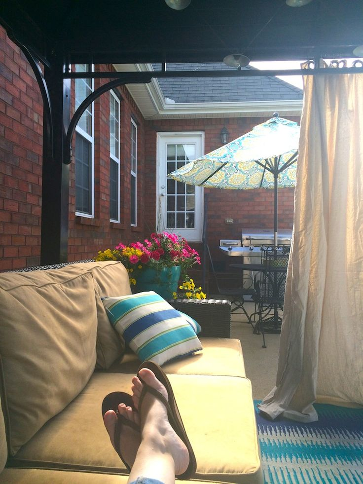How to Make Outdoor Drapes