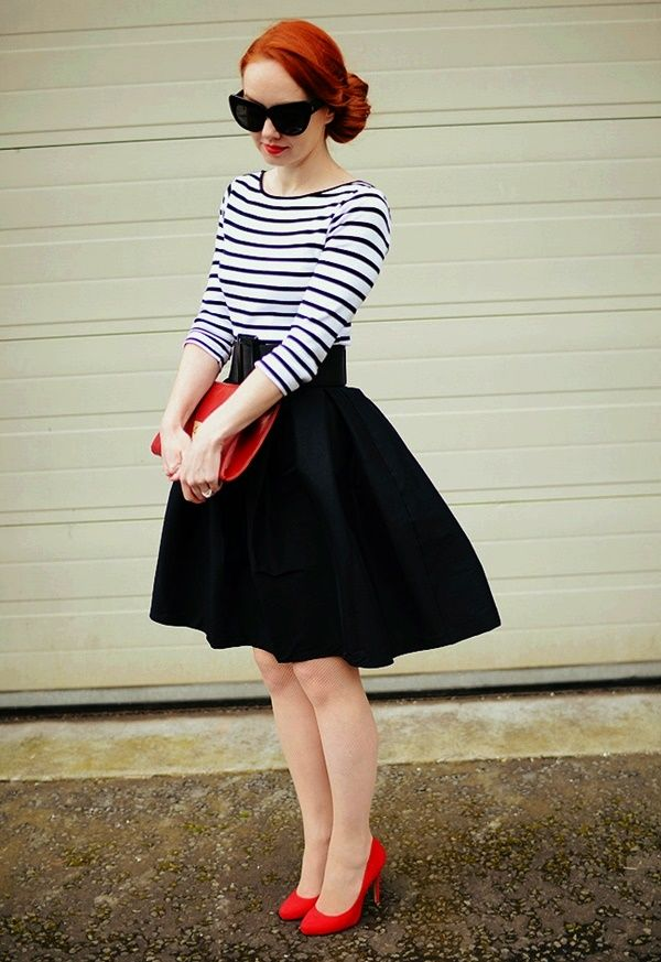 Gorgeous Skirt Work Outfits For Office Women (29)