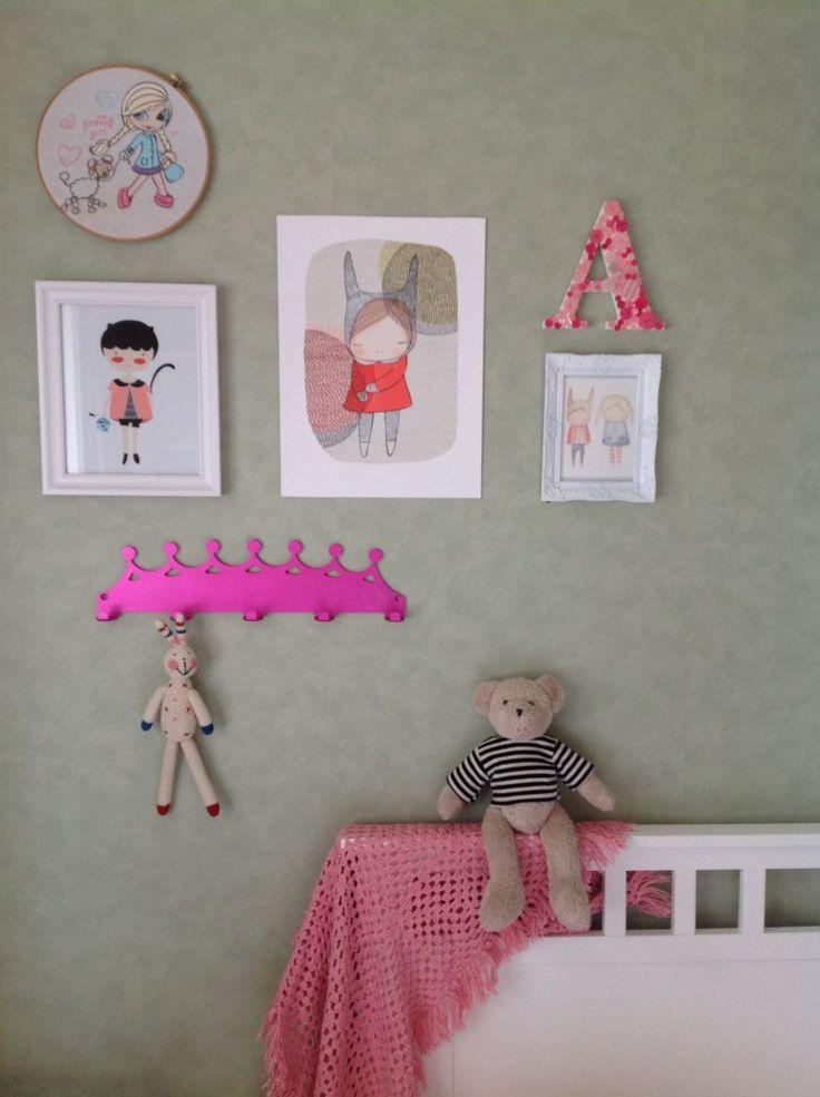 Children's Tiarra themed coat hanger