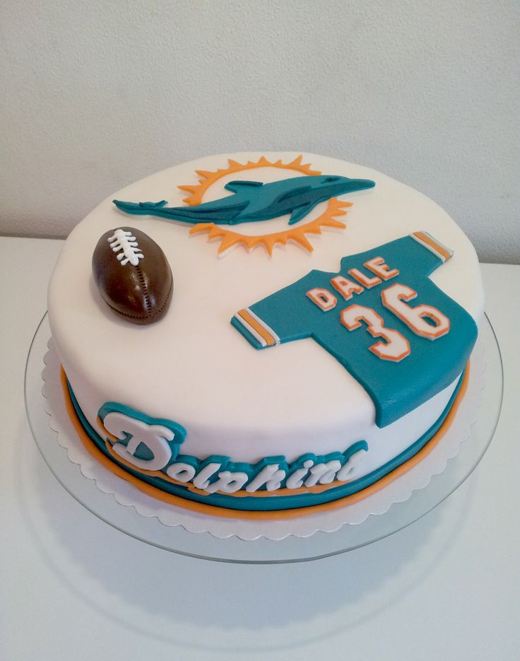 Miami Dolphins Fan Cake - Birthdaycake for a big fan of the Dolphins.