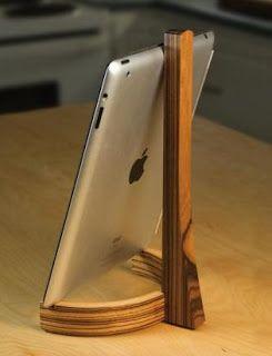 como fazer gratuitamente no blog: Ah! E se falando em madeira...: suporte de celular