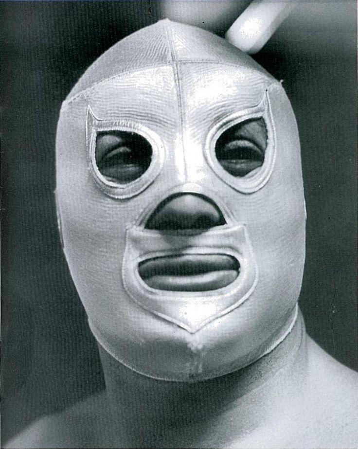 ilianation: El enmascarado de plata.
