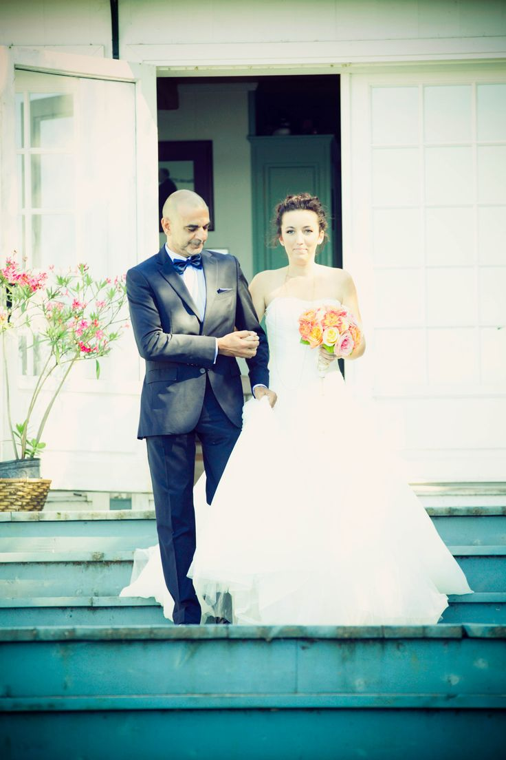 father and bride, wedding day, outdoor wedding, ceremony