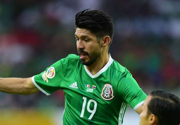 7e10064da ... EN VIVO El partido de Oribe Peralta ante Venezuela futbol Pinterest  2018 Mexico home away soccer jersey ...