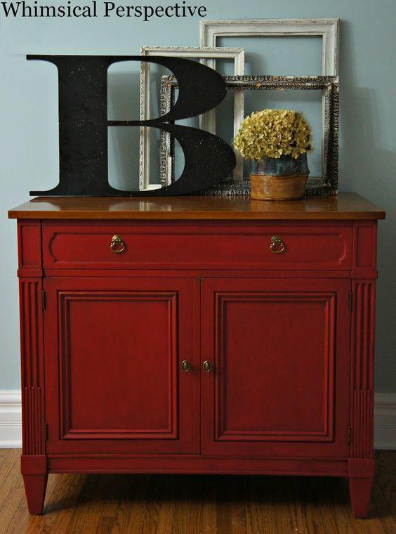 Les 25 meilleures id es concernant commode rouge sur for Peindre un vieux meuble