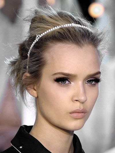Make-Up Option: Dramatic eye with shimmer, nude lip