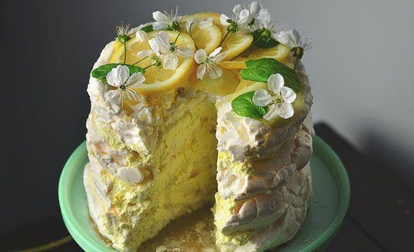 Cytrynowy tort bezowy