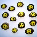 *Bemalte Steine als Mitbringsel oder Geschenk für diverse Anlässe*  _Der Preis gilt für einen Stein. Bitte den gewünschten Stein bei der Bestellung angeben!_  Bild 1 zeigt die Vorderseite der...