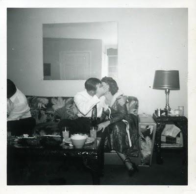 : Final She Ll, 1950S New Years Eve, Happy New Year, Tom Waits, Divorce, Kissy So Sweet