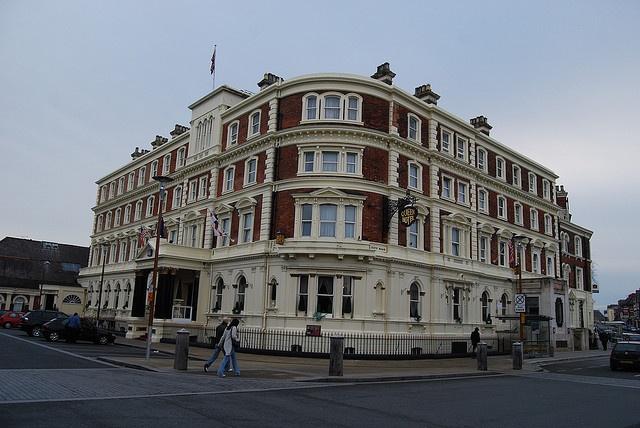 The Queen Hotel, Chester, UK -Romance, Romance.....