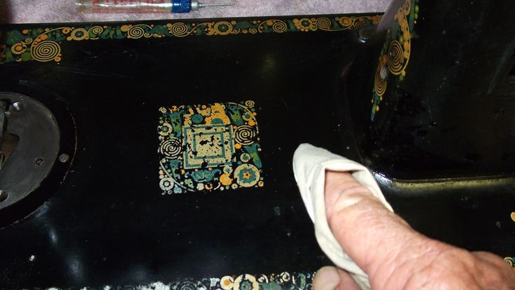 Cleaning and repairing the Shellac clear coat on Vintage sewing machine heads