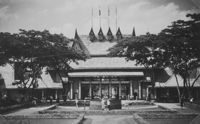Pavilions at the Pasar Gambir in Batavia