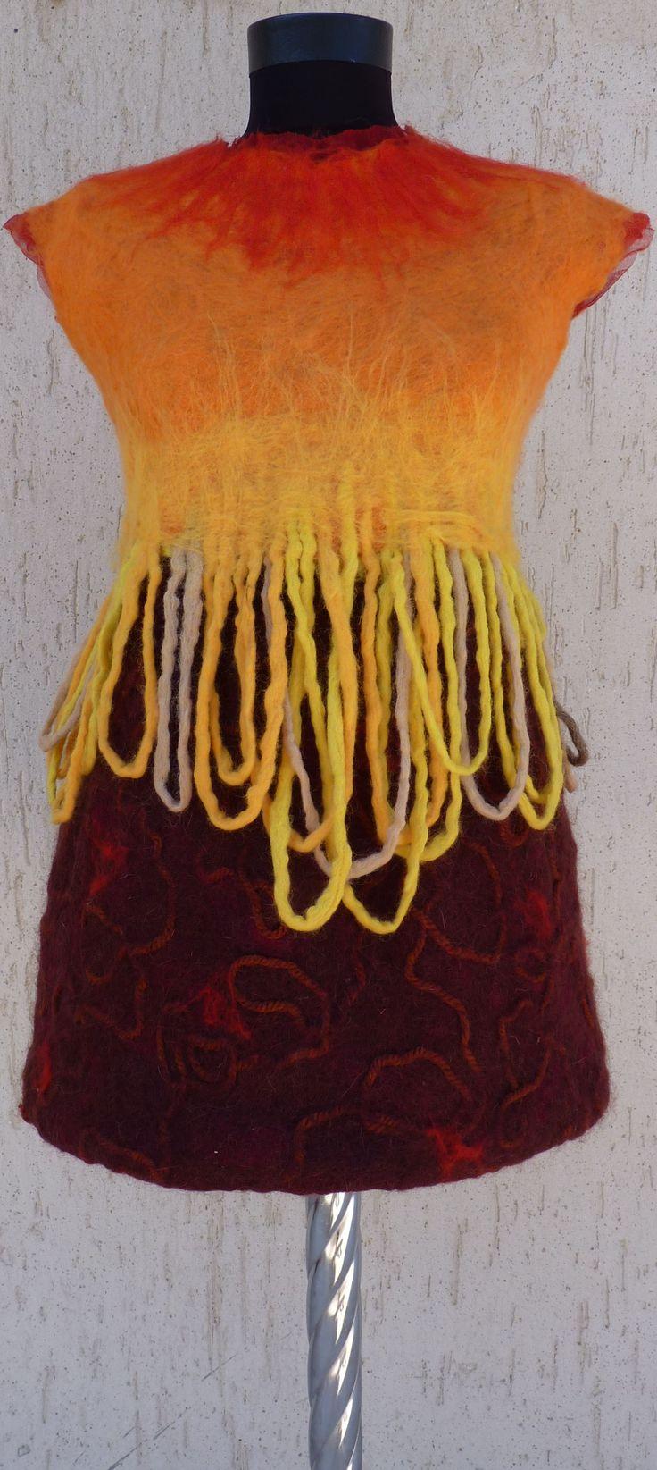 seamless felted garment by Hulya ILGIN