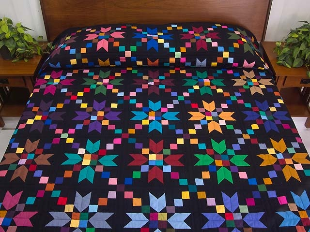 Traditional Amish quilt (somebody make me this, I love it)