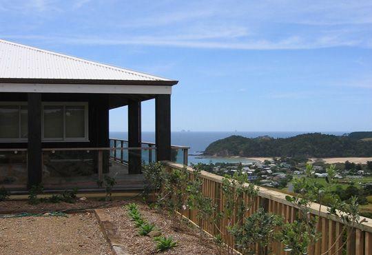 Hunter Bach, Matapouri Bay by Main 4 Architects Ltd
