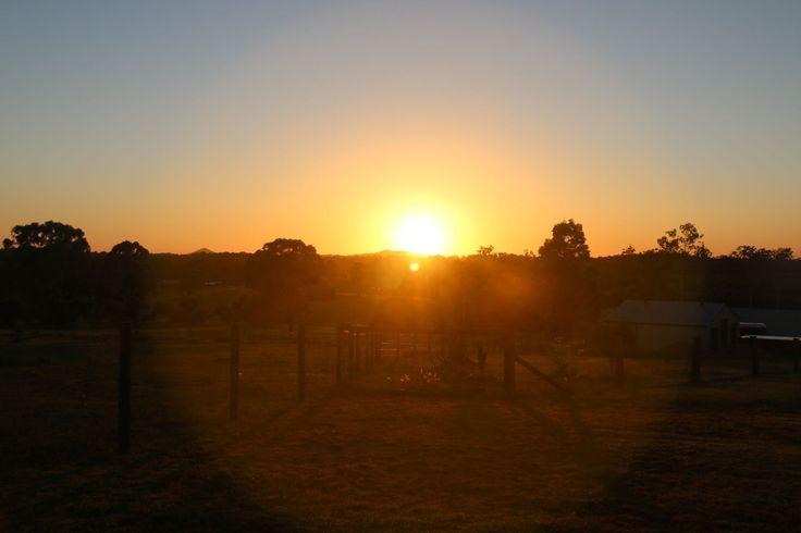 L1M1AP2 Sunrise in automatic, Raw and JPEG(S2), No flash, Tripod, f/9, 1/200sec