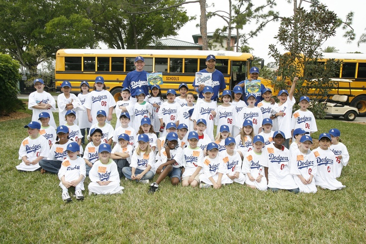 The Dodgers hang out with a class for Read Day