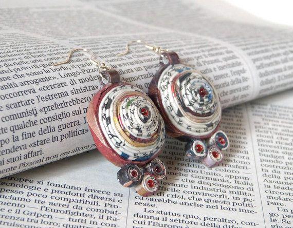 Brown Earrings unique round repurposed paper by PensieriCreativi