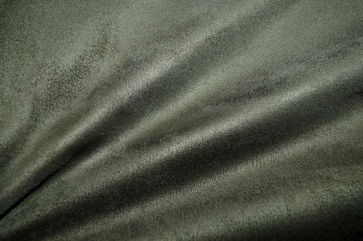 NB 8396-026 Stretch suedine donker mosgroen