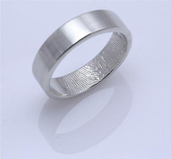 such a cool wedding band! fingerprints! for sure uniquely yours! #rings #wedding #fingerprints f.