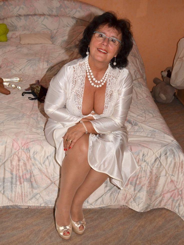 Free hot older women