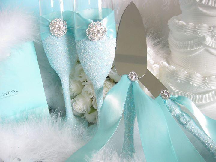 Wedding Cake Knives, Champagne Glasses, Turquoise, Aqua Wedding, Aqua Baby Shower, Aqua Bridal Shower, Quincen, Tiffany Blue, Robin Egg Blue by SparkleAndTwinkleCo on Etsy