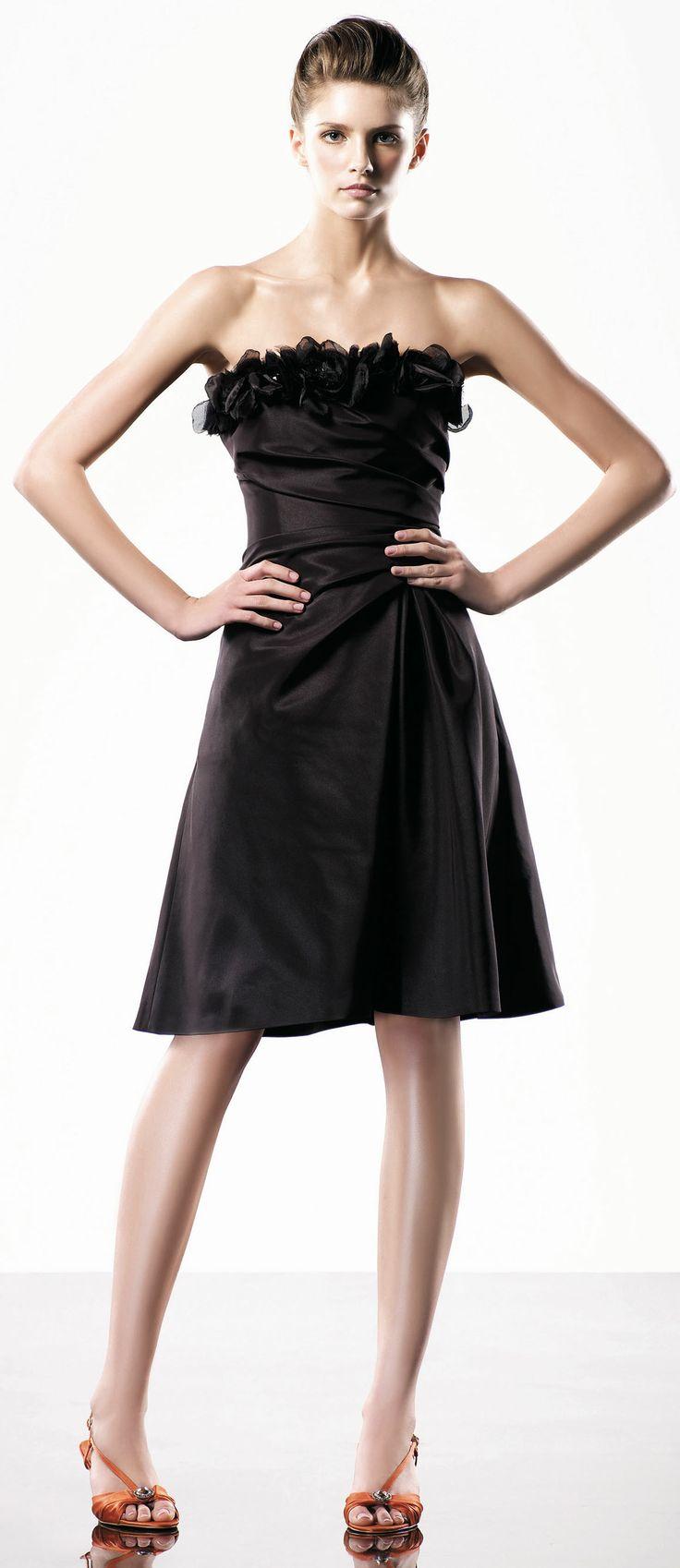 Strapless A-line knee-length dress
